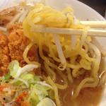 38381912 - 麺は、太麺です。(2015.5 byジプシーくん)