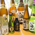 割烹 ちばな - 全国各地の日本酒を取り揃えております。
