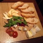 GRILL燦 - チーズ3種の盛合せ