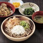 南条サービスエリア(下り線)スナックコーナー - ミニ舞茸丼とおろしそば定食980円