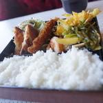 あすか - 料理写真:日替わり(カツ、エビフライ