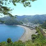 38397819 - 近くの海沿いの道路で景色を楽しみながら帰りました。