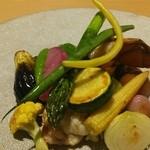 アコンプリ - 鯛とオマール海老に旬の野菜