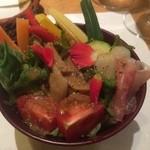 天ぷら&ワイン 芦屋 いわい - サラダ(ドレッシングは、バジルで)