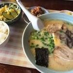 麦の宿 - 料理写真:ラーメンセットB(780円)