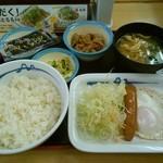 松屋 - 朝定食(ソーセージエッグ定食)