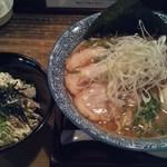 38414714 - よくばり魚介豚骨ラーメン+ツナマヨ丼