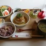 cafe 帆呂 horo - レディース日替わり「おろしそハンバーグランチ」