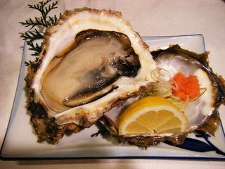 深川 はしもと - 天然5年物の岩牡蠣