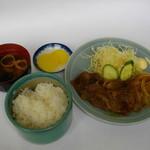 嬉野パーキングエリア(上り線)フードコート - 松阪牛焼肉定食(本場の松阪牛肉をご賞味下さい)