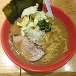 圭一屋 - 2015年3月 ヤバイラーメン(中) 750円