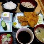 八大黒そば - 料理写真:アジ・イカフライセット!(2015,05/23)