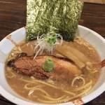 麺dining けいず - 黒丸豚骨750円