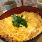 38450326 - ランチ限定20色鶏そぼろ親子丼