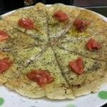 じゅうじゅうきゃべつ - マルゲリータ風チーズせんべい