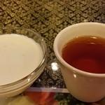 アジアンタワン - タピオカココナツ、タイのお茶