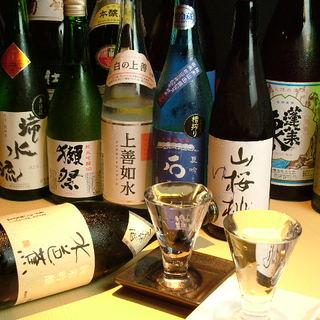 地酒、日本酒豊富に取り揃えております☆