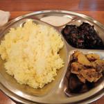 チャイ屋 マドゥバニ - 定食(大)です
