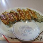 八千代飯店 - 餃子