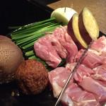 鳥吉 - 肉&野菜盛り合わせ
