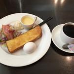 グリーンハウス - モーニングA、ブレンドコーヒー400円