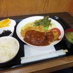 ユキヤダイニング - 料理写真:トンカツ ランチ1080円