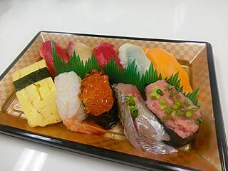 梅丘寿司の美登利総本店 銀座店 - とても680円には見えません!