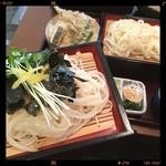 弘庵 - ころうどんせいろ 変わり段 細麺と太麺と天ぷら\1400yen(*✪ฺ∇✪ฺ*)ヤバウマだわ