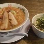 麺や ゼットン - 料理写真:バラそばと肉味噌丼?