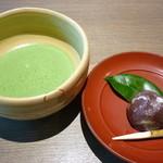 38484216 - 抹茶(藤戸饅頭付)