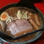 北海道らーめん奥原流 久楽 - 料理写真:醤油らーめん 730円