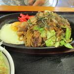 かりん - 料理写真:たじみ焼きそば620円