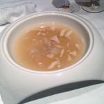Tentsuusaikan - 気仙沼産フカヒレと干し貝柱のスープ