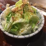 鉄板Dining ゆうあ - お通しのサラダ(^^)