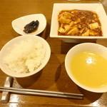 石川 - セレクトランチ(麻婆豆腐)
