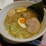 食楽 なごみ家 - なごみラーメン醤油味、細麺¥770!