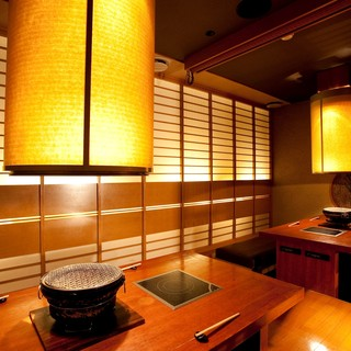 ◆店内は、掘りごたつ席・テーブル席・お座敷で構成―。
