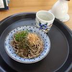 知足亭 - 皿そば