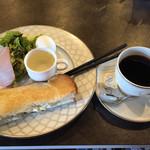 ビストロ グリーン - エッグサンドセット、ブレンドコーヒー400円