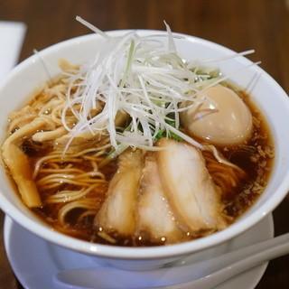 味音 - 料理写真:三河たまりらーめん800円(+味玉)