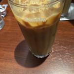 ドトールコーヒーショップ - アイスカフェラテMサイズ300円