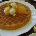 ディンブラ紅茶専門店 - スイートオレンジワッフル