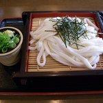 博多うどん小麦屋 - ざるうどん・並(450円)