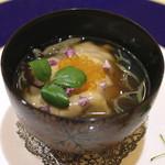 トゥ・ラ・ジョア - 海鮮胡麻豆腐の椀仕立て (2015/05)