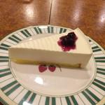 珈琲店トップ - レアチーズケーキ! ★★☆☆☆