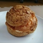 ラパンドール - 料理写真:シュークリーム(150円)