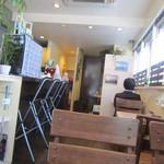 カフェ みつばち - 店内の様子