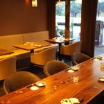 和食 イワカムツカリ - 1階テーブル席 (2015/05)