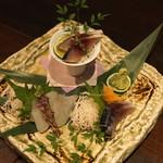 和食 イワカムツカリ - 本日のお刺身 (鱸 と 〆鯖)煎り酒仕立て (2015/05)