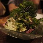肉ビストロ SIXMARS - カニと大麦のクリーミーサラダ